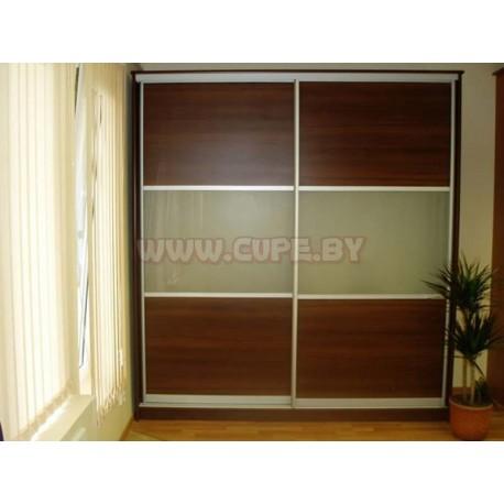 Шкаф купе с матированным стеклом