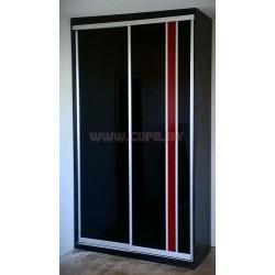 Красный + чёрный лакобель в шкафу купе