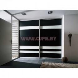 Чёрно-белый лакобель на фасаде шкафа-купе